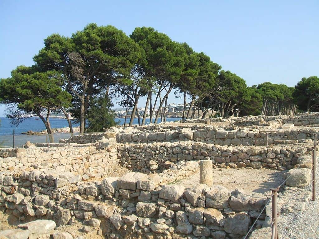 Ruins of a peristyle home from the Greek period of Empúries